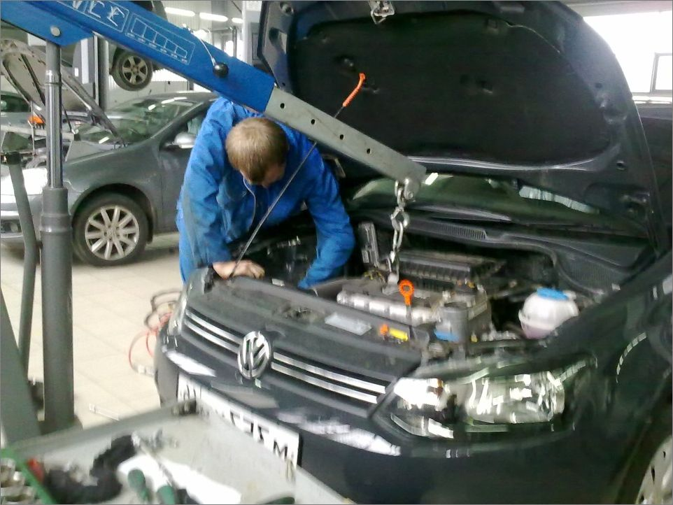 опора подушки двигателя \ кпп. HELP! — logbook Volkswagen Polo Sedan vag_products on TheDreamBag